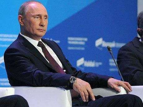 Михаил Хазин: «Путин заключил союз с Ротшильдами и объявил войну колониальной элите»
