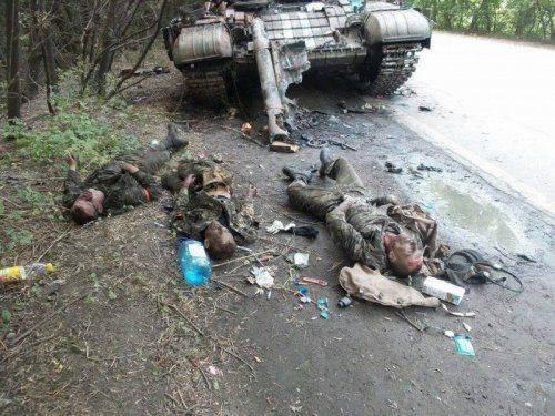 Волонтер: Все, что я вижу — это ложь, обман и мертвые украинцы