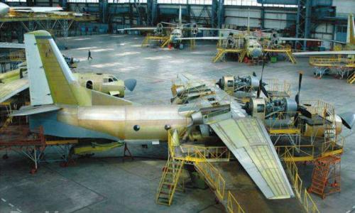 Авиаконцерн  «Антонова» прекращает свое существование на годовщину майдана
