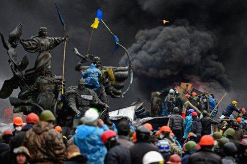 New York Observer: Украиной рулят жулики, чокнутые и олигархи