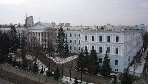 """Бойцы """"Айдара"""" штурмуют проходную Минобороны Украины"""