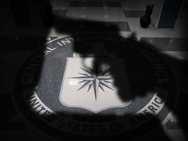 Самоубийства в ЦРУ, вместе с Airbus и на Украине