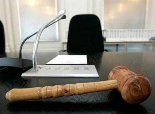 Неугодные режиму украинские судьи получили повестки в армию