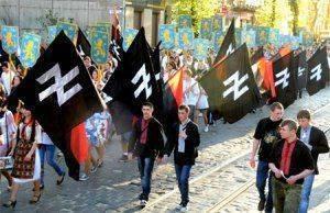 Националисты напали на людей в центре Одессы.