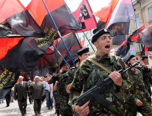 Генпрокуратура: «Правому сектору» разрешено нарушать законы Украины
