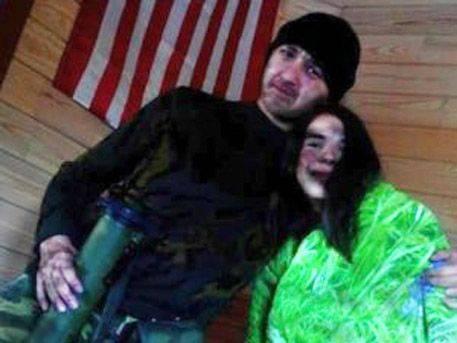 Американский солдат спас девушку от карателей и ушел к ополченцам