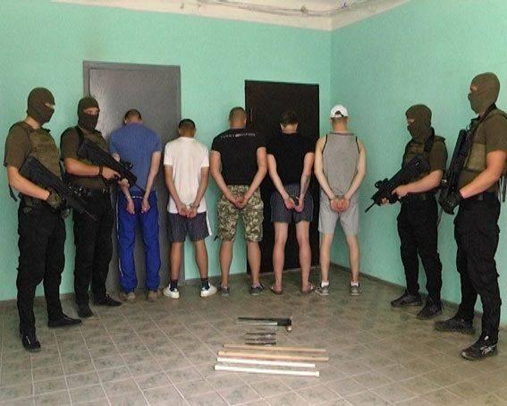 Резню в Харькове устроили неонацисты, крышуемые Аваковым, — мнение