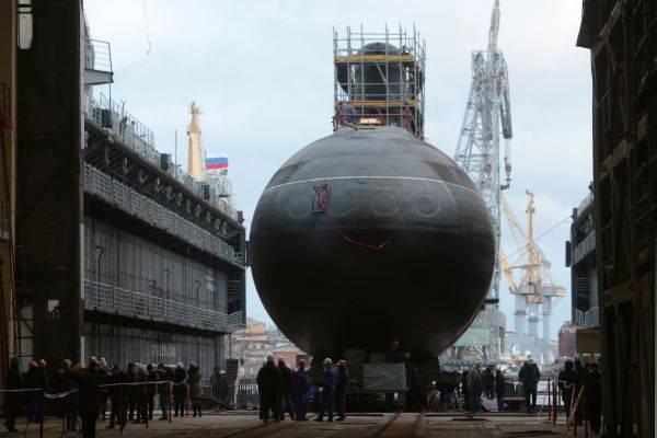 У Минобороны РФ появился подводный аналог авианосца?