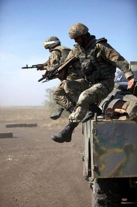 Военная помощь США хунте: Не так страшна, как Порошенко малюет