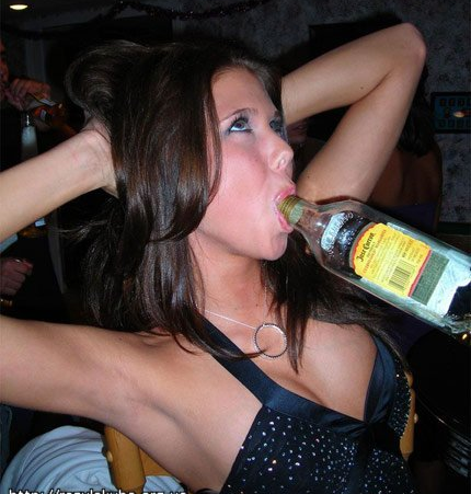 Пьяная девушка любитель секса 298
