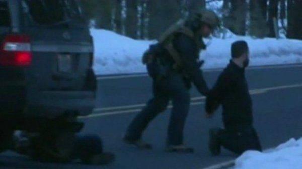Видеозапись расстрела и захвата лидеров ополчения.