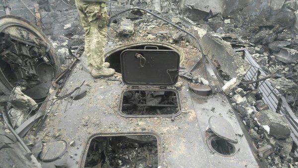 Нарушение техники безопасности при заправке фреоном кондиционеров.