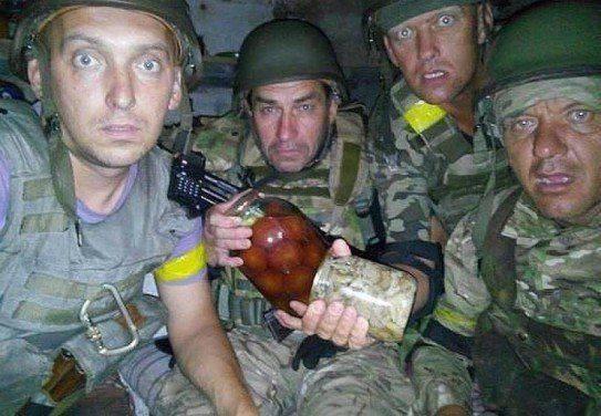 Подполковник ВСУ расстрелял из автомата солдата, приняв его за «российского диверсанта»