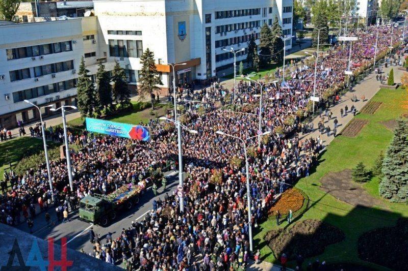Последний удар Моторолы: в Киеве сдавленно визжат, что столица Донбасса - Москва!