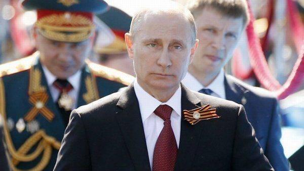 Президент России возвращает своей родине былое величие
