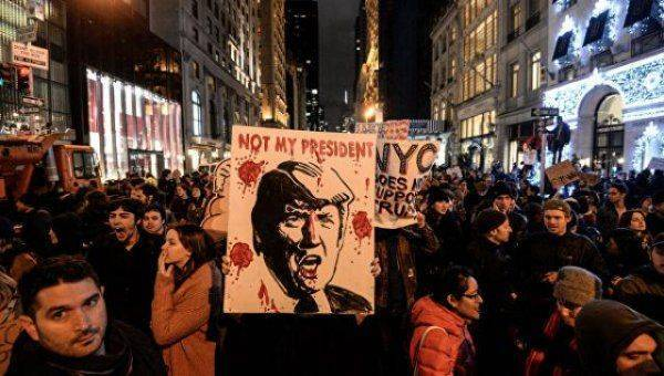 «Майдан» в США: народ митингует, элиты готовятся