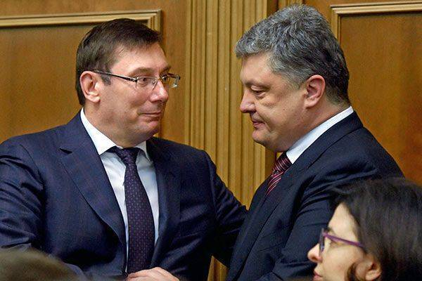 Американцы послали Петру Порошенко первую черную метку