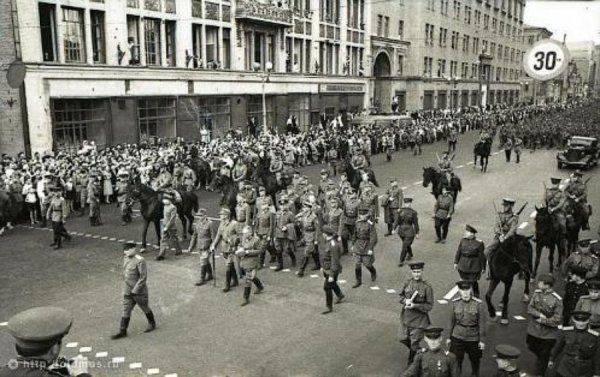 Украина готовится к параду на Красной площади