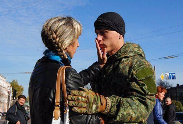 Почему украинские силовики боятся носить камуфляж на гражданке