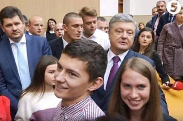 Февральский призыв: Главком Порошенко загоняет «умников» с дипломами в окопы АТО