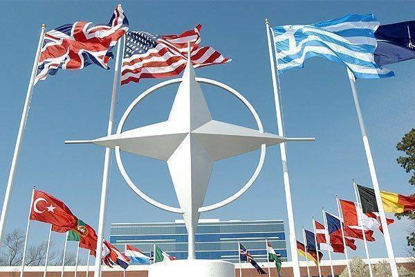 """Страны НАТО бьют тревогу: """"Агрессия"""" России!"""""""