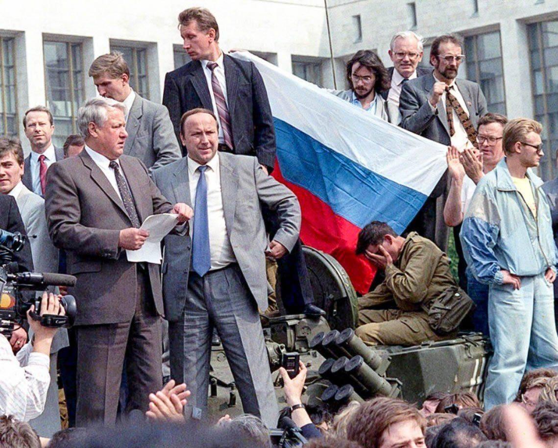 Как сделать в россии переворот 495