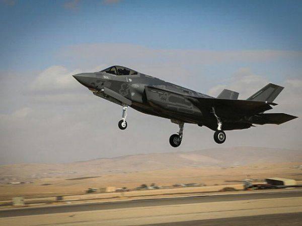 Le Figaro: израильские F-35 разбомбили в Сирии батарею С-300