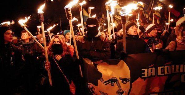 Украине нужна глобальная дефашизация