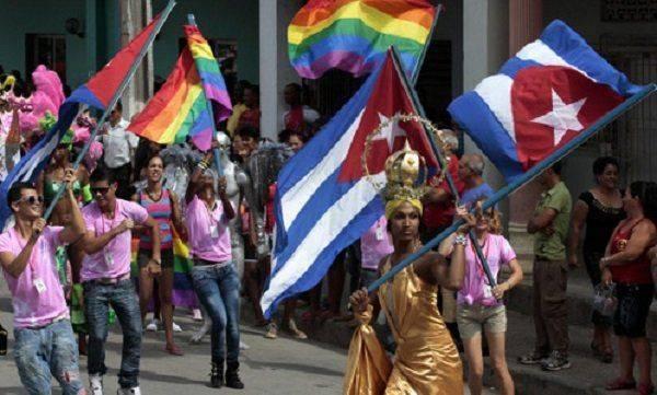 Куба берет курс на радужный марксизм