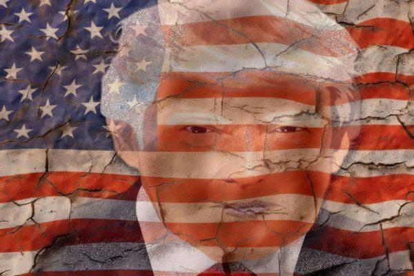 Бедняжка Дональд Трамп: президент снова пожаловался на травлю со стороны СМИ