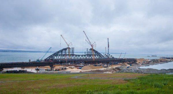 Стройка века: у Керченского моста появилось сердце