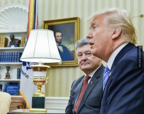 СМИ рассказали, как Трамп упрекнул Порошенко при встрече