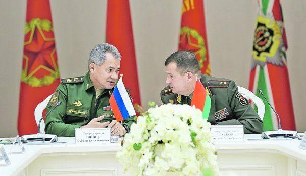 Новое либеральное сумасшествие: «В октябре русские танки будут в Кишиневе»