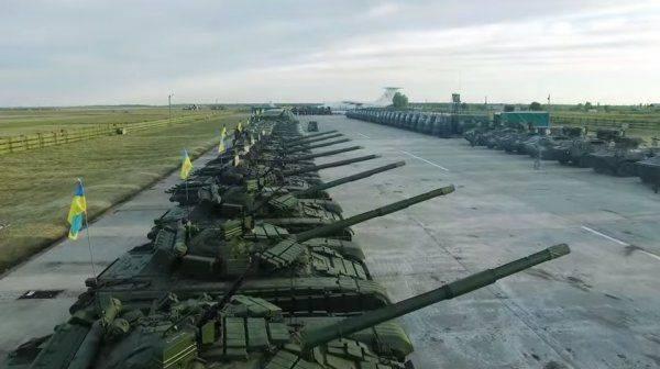 До конца года ВСУ получат более 1000 образцов техники и оружия