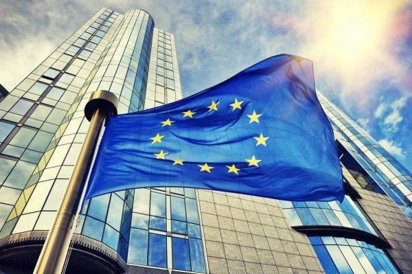 Новости ЕС: в Германии борьба с экстремизмом, в России «подавление» свободы слова