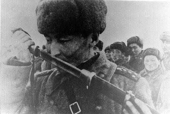 Какие народы России не сдавались в плен