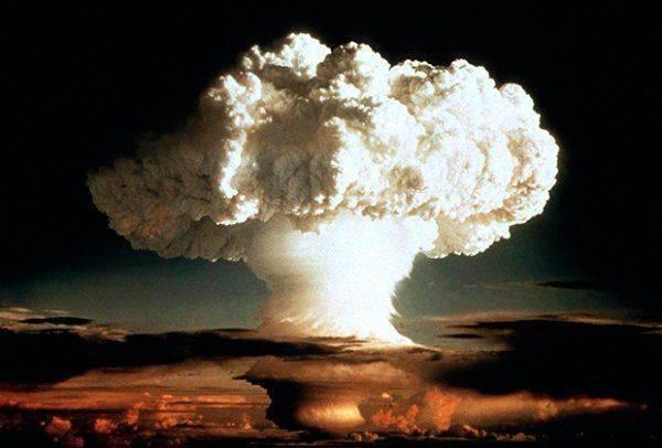 Малышка Кима: у Северной Кореи появилась новая ядерная бомба