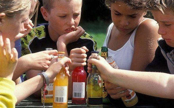 Украина: статистика по алкоголизму, курению и психическим расстройствам у детей