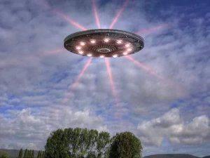 Они нас контролируют! Шокирующие подробности прибытия пришельцев и НЛО на Землю