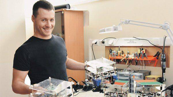 Высокие технологии: в России создан «кибермуравейник» для роботов