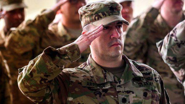 """Американцы не хотят служить в армии: США доверят """"защиту демократии"""" психам и наркоманам"""