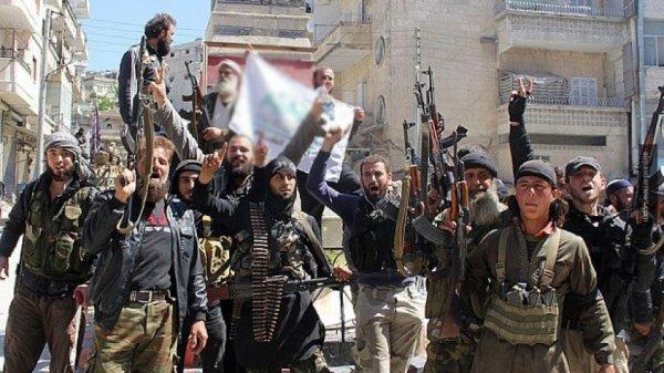 Наступление на Идлиб: турецкая армия направила в Сирию дополнительные силы