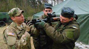 Американские военные в Незалежной: обучают или обучаются?