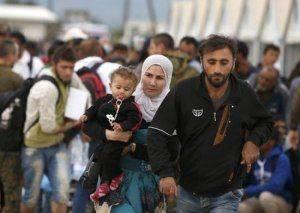 Германия заставляет Порошенко принять 20 тысяч мусульманских беженцев – ради европейского партнерства