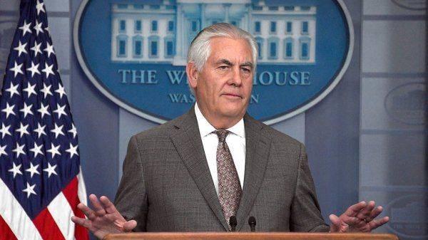 Тиллерсона убирают из Госдепа, в США формируется военный кабинет