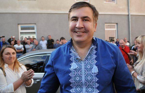 Песков о Саакашвили: Не привыкли реагировать на заявления сидящих на крыше