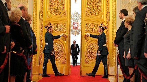 Двадцать лет покоя: Приходится жалеть, что Путину необходимо «избираться»