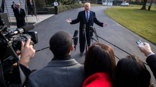 """Трамп назвал родину """"фейковых новостей"""""""