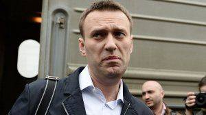 Угрозы и слезы: как Навальный воспринял арест своего соратника Волкова
