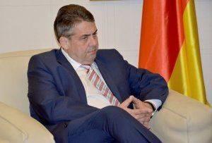 Немцев достали миграционный кризис и Трамп
